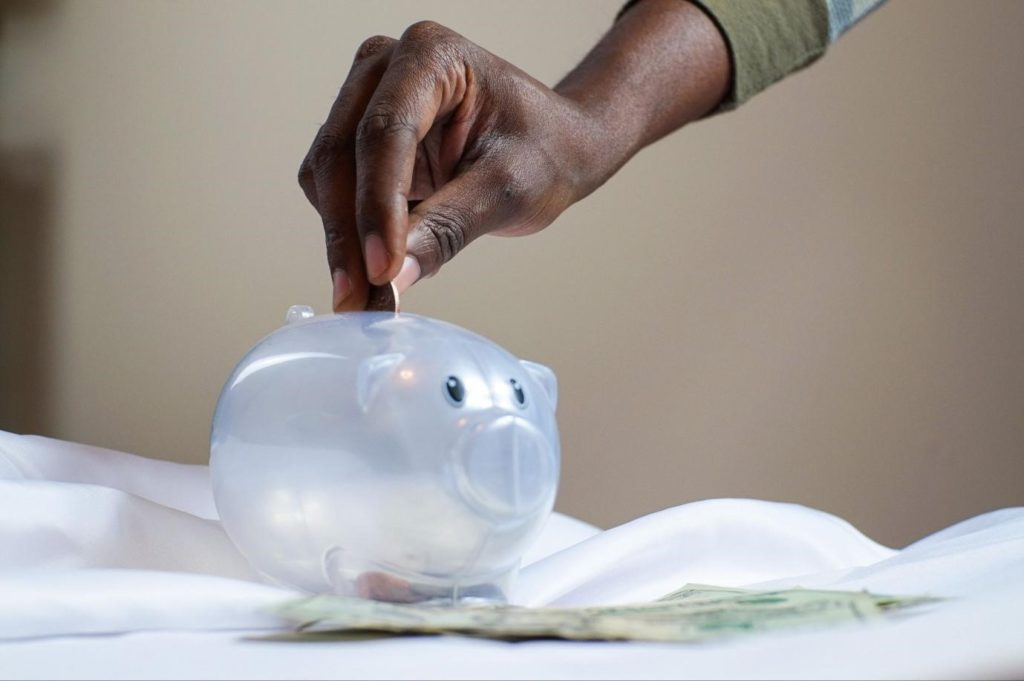 OOnline -Lenders -and -Local- Banks